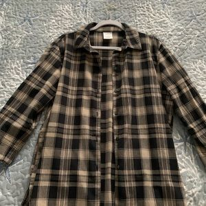 black and tan flannel, oversized (size large)